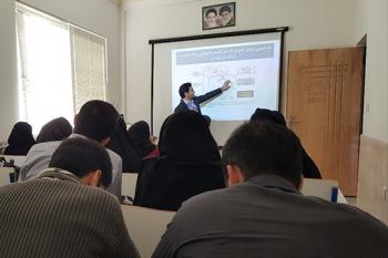 برگزاری کارگاه آموزشی ایمنی، بهداشت و مدیریت پسماند نانومواد در دانشگاه شیراز و دانشگاه علومپزشکی شیراز