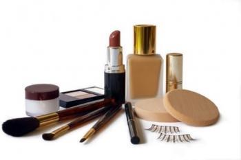 اعلام نظر نهایی کمیته ملی ایمنی مصرف کنندگان پیرامون محصولات آرایشی حاوی دی-اکسیدتیتانیوم نانو